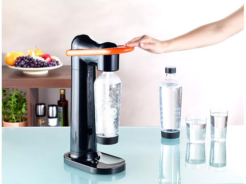 trinkwassersprudler mit glasflasche